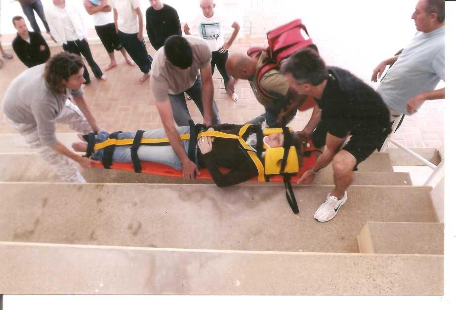 Formation PSE2 - Brancardage et évacuation de la victime